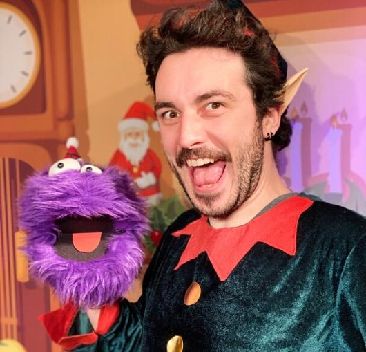 idée cadeau de noël à Nantes, le spectacle pour enfant à découvrir en famille avec William pilet. Le cadeau magique !