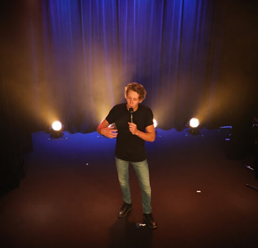 Kévin Robin en spectacle à Nantes à la compagnie du café théâtre
