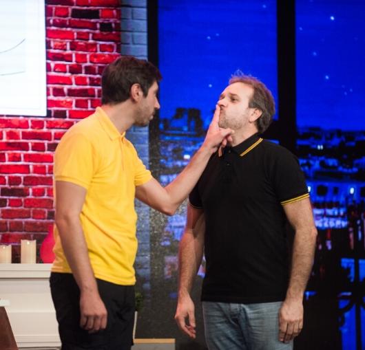 Comédie au Théâtre à Nantes avec Piguet et Chanfray, un duo de comédiens à découvrir.