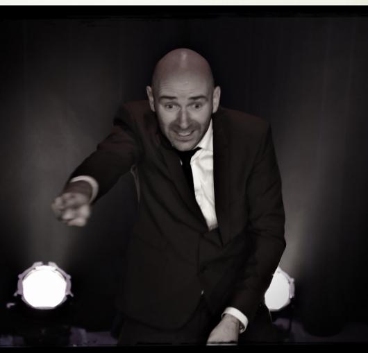Yann stotz en spectacle à la compagnie du café théâtre de Nantes