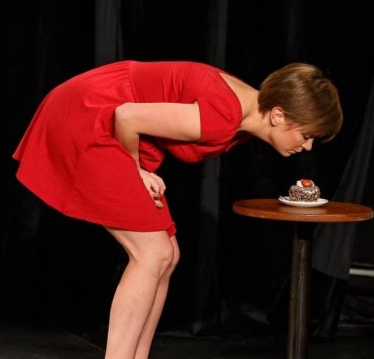 Manon Lepomme l'humoriste belge en spectacle à nantes à La Compagnie du café théâtre