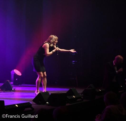 Cécile Giroud dans le gala humour pour le réveillon du 31 décembre à Nantes