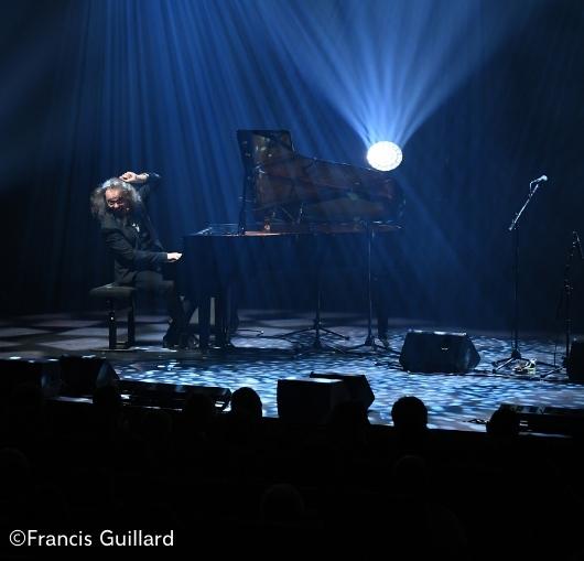 Simon Fâche dans le gala humour le réveillon du 31 décembre à Nantes